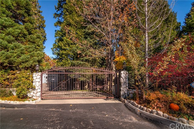 29049 Red Grouse Court, Lake Arrowhead, CA 92352