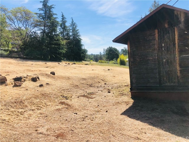16789 Spruce Grove Rd, Hidden Valley Lake, CA 95467 Photo 2