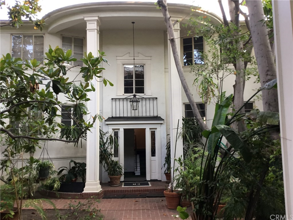 Photo of 1241 N Crescent Heights Boulevard, West Hollywood, CA 90046