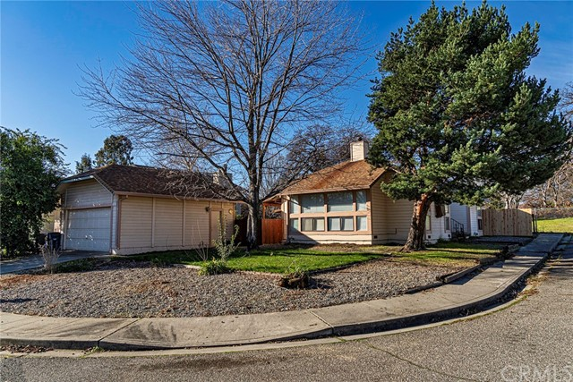 210 Blue Jay St, Red Bluff, CA 96080