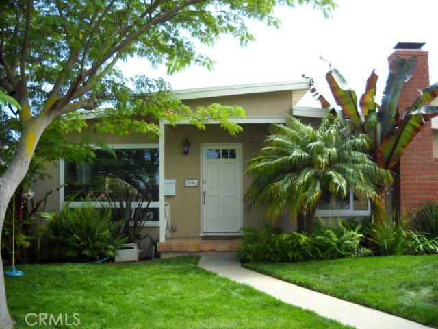 854 Avenue C, Redondo Beach, California 90277, 3 Bedrooms Bedrooms, ,1 BathroomBathrooms,For Sale,Avenue C,S11079805