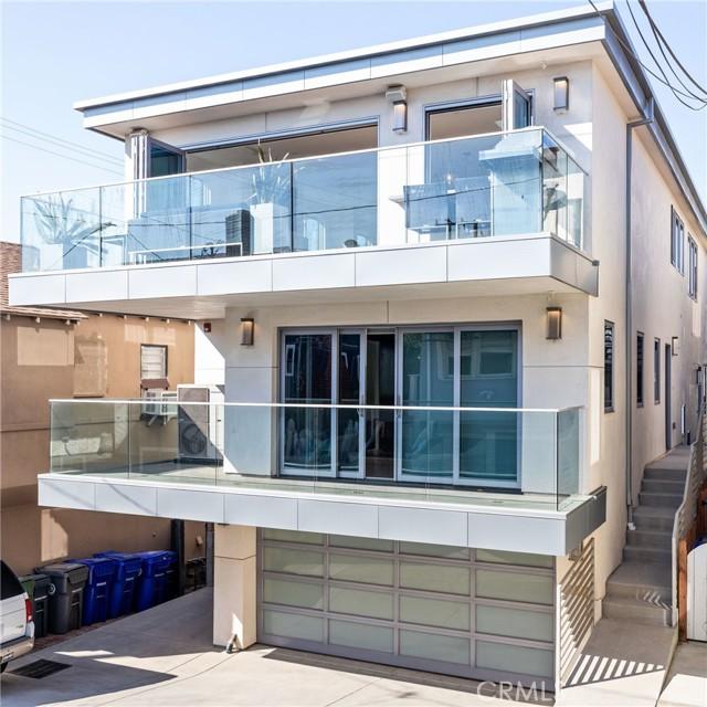 Photo of 319 34th Place, Manhattan Beach, CA 90266