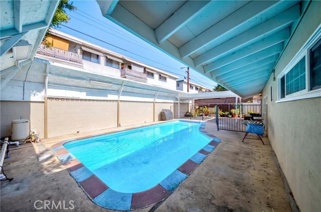 37. 7002 Van Noord Avenue North Hollywood, CA 91605