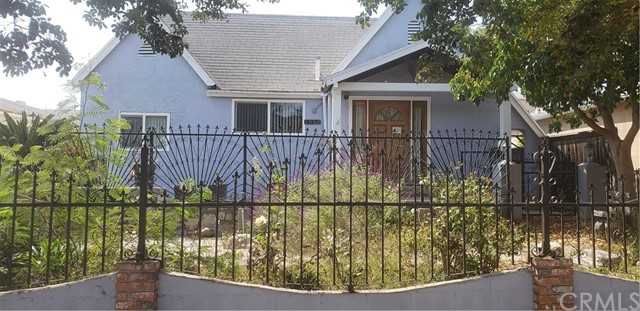 Great opportunity for Investors & Developers. Great Location, NEEDS TLC, Very close to Sunset Park, beach, pier, promenade and all the many activities that Santa Monica has to offer. Blocks from Santa Monica College, Junior high and Elementary school, minutes from fine dining and shopping. The zoning and lot size provide ample opportunity to add on to the current home or to redevelop the entire property and built multiple units. Separate guest house  with kitchenette, full bathroom, fireplace, double sided wall heater, walk in closet. Wood paneling throughout.  Patio in rear of property, storage room behind garage, garage converted to workshop with second floor space, Parking for 5 cars in rear of property. Property is sold AS IS SALE.