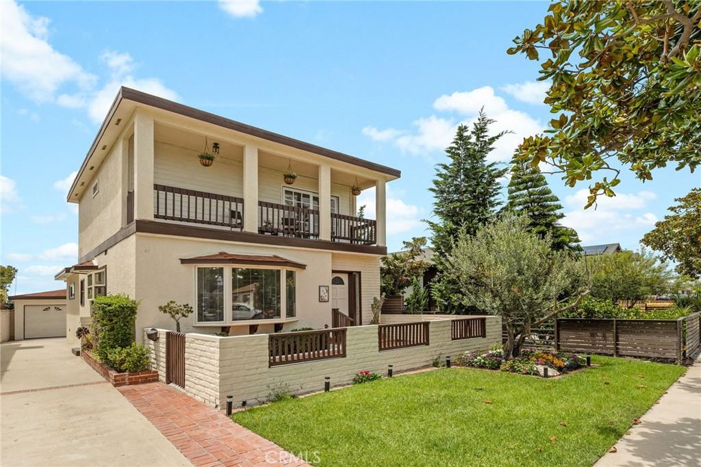 Prime neighborhood in Redondo Beach...509 N. Paulina Ave, Redondo Beach, CA 90277