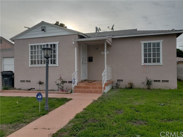 2219 N Grape Avenue, Compton, CA 90222