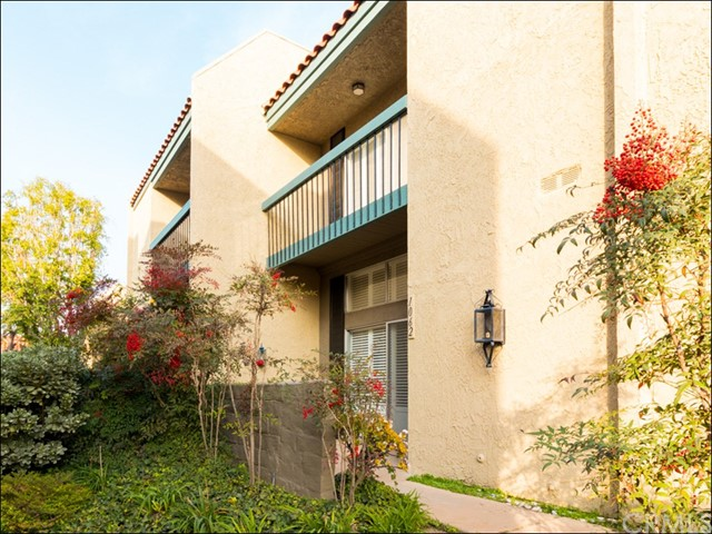 1062 Palo Verde Avenue, Long Beach, CA 90815