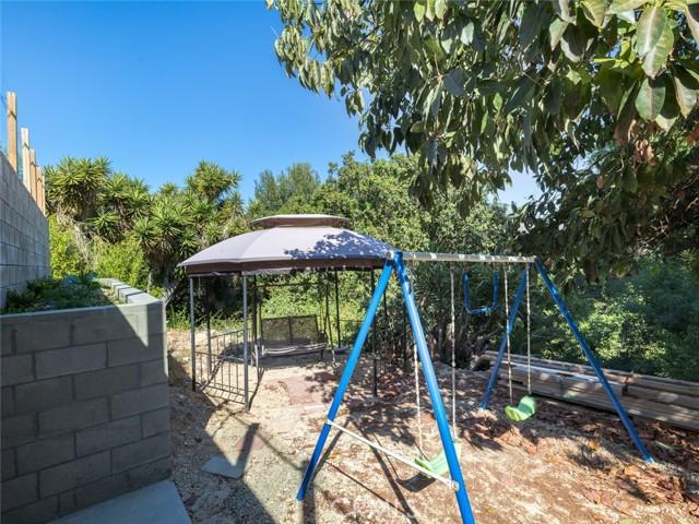 21. 2348 Colt Road Rancho Palos Verdes, CA 90275