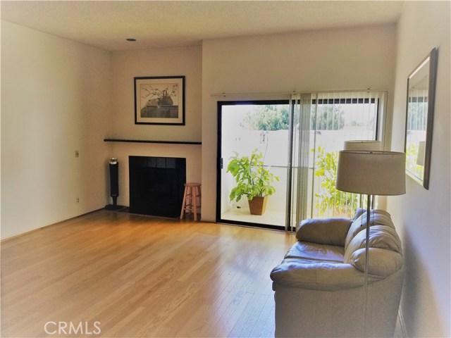 12720 Venice Boulevard, Los Angeles, California 90066, 2 Bedrooms Bedrooms, ,2 BathroomsBathrooms,Condominium,For Sale,Venice,PW21015567