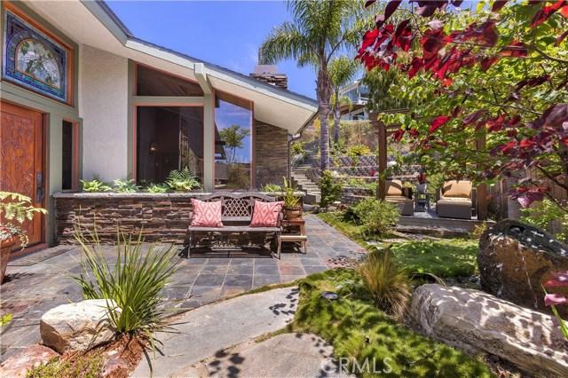 945 Meadowlark Lane, Laguna Beach, CA 92651