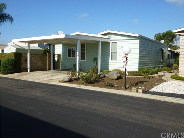 225 Clearlake Circle, Placentia, CA 92870
