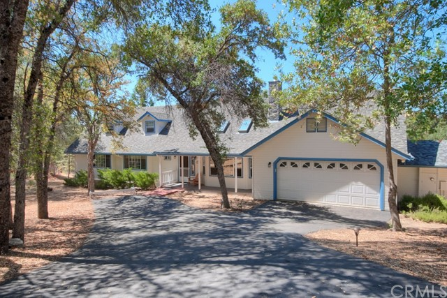 41041 Jean Road W, Oakhurst, CA 93644