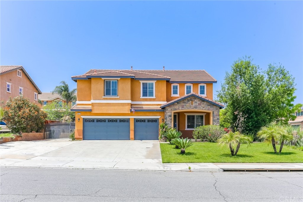 9227     Newbridge Drive, Riverside CA 92508