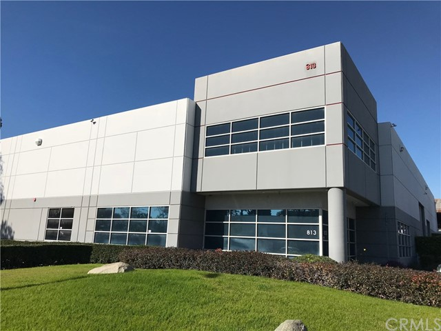 813 Towne Center Drive, Pomona, CA 91767