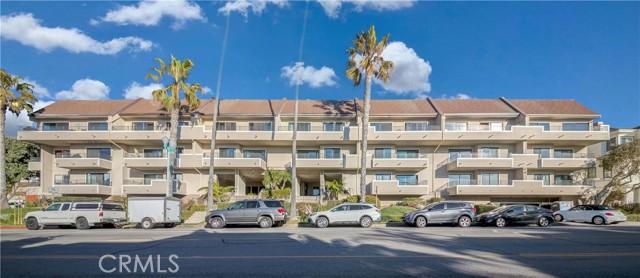 700 Esplanade, Redondo Beach, California 90277, 2 Bedrooms Bedrooms, ,2 BathroomsBathrooms,Condominium,For Sale,Esplanade,SB21036262