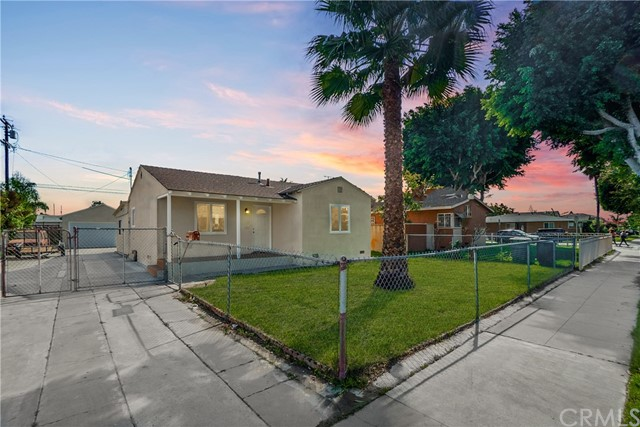 11084 Harris Avenue, Lynwood, CA 90262