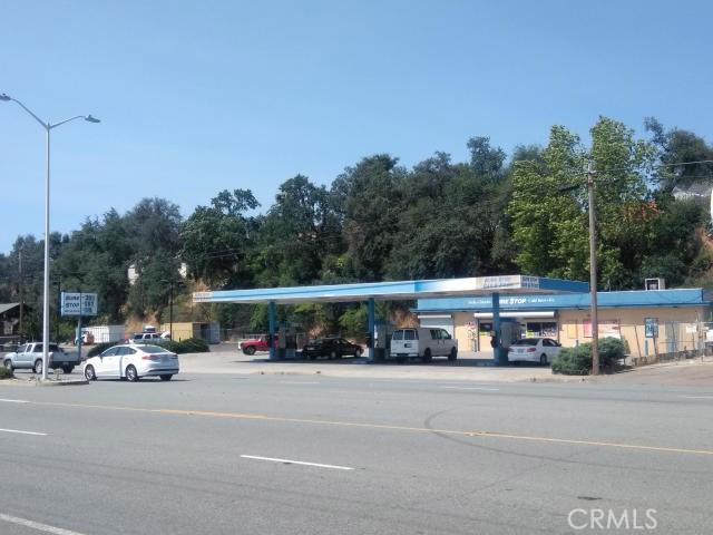 3212 S Market Street, Redding, CA 96001