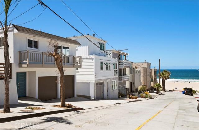 136 Neptune Avenue, Hermosa Beach, California 90254, 3 Bedrooms Bedrooms, ,2 BathroomsBathrooms,For Sale,Neptune,SB21020451