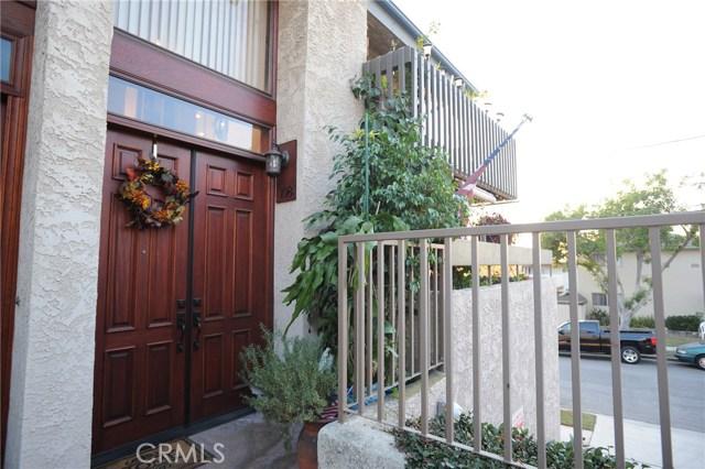 2298 Rose Avenue 108, Signal Hill, CA 90755
