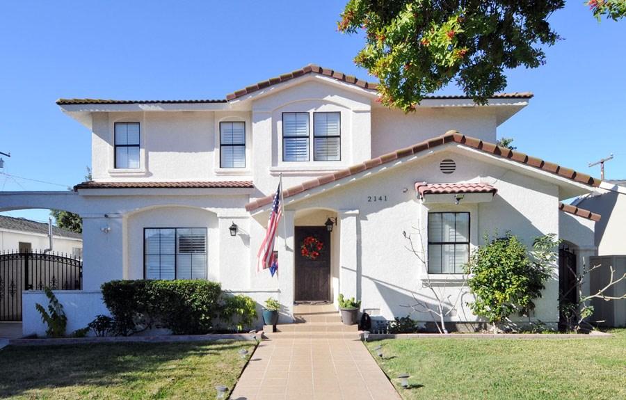 2141 Stanbridge Avenue, Long Beach, CA 90815