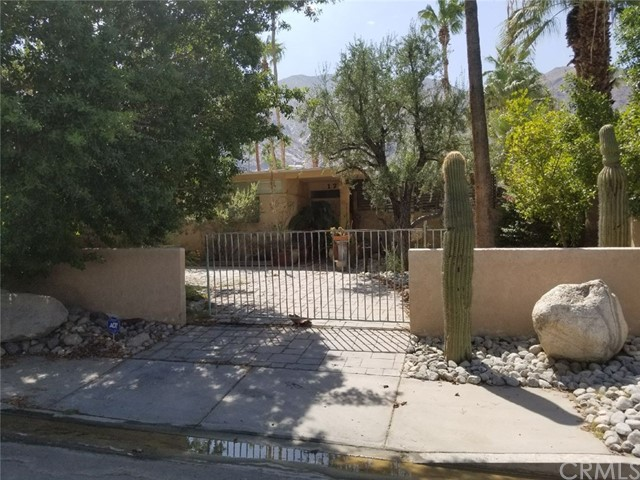 817 N Via Monte, Palm Springs, CA 92262