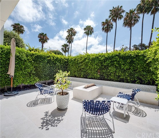 Photo of 735 Avocado Avenue, Corona del Mar, CA 92625