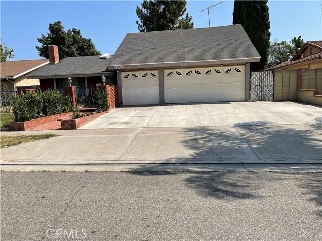 210 W Alton Avenue, Santa Ana, CA 92707