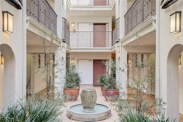 2001 Artesia Boulevard 202, Redondo Beach, California 90278, 1 Bedroom Bedrooms, ,1 BathroomBathrooms,For Sale,Artesia,SB20046856