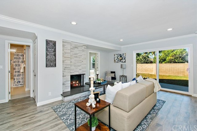 1106 Cedar Street, Santa Ana, CA 92701