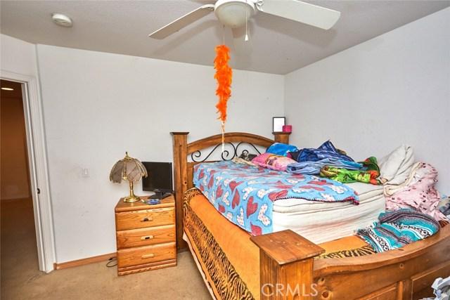 9030 Guadalupe Av, Oak Hills, CA 92344 Photo 18