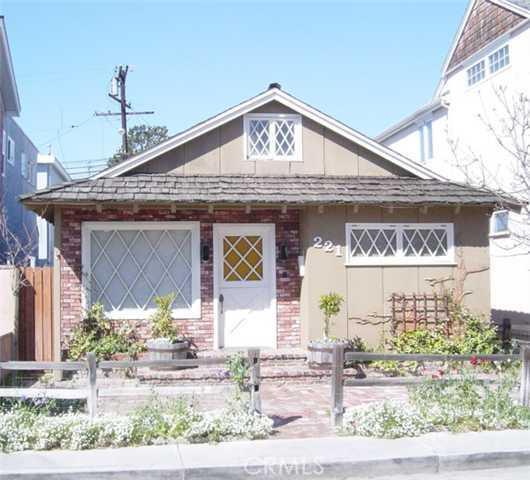 221 OPAL Avenue, Newport Beach, California 92662, 3 Bedrooms Bedrooms, ,For Sale,OPAL,U6600147
