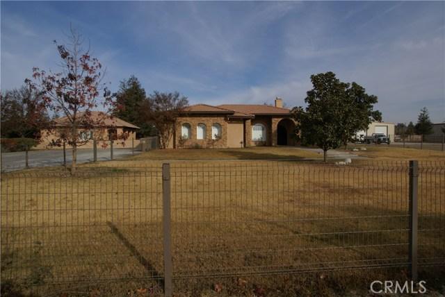 8330 Shadow Creek Court, Bakersfield, CA 93311