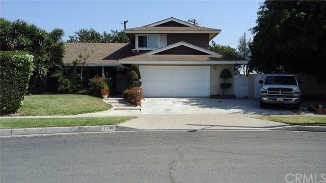 Desirable location. 4 bedroom, 2-1/2 bath Tri-Level home on a large 9000 square foot lot. RV Access. Large private yard with beautiful pool and trees. Great for entertaining and family.  Close to restaurants, Knotts Berry Farm, Los Coyotes Country Club, Easy freeway access. Desirable Neighborhood and Schools.