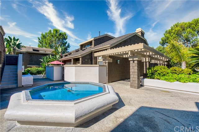 6 Sea Island Drive, Newport Beach, California 92660, 2 Bedrooms Bedrooms, ,2 BathroomsBathrooms,Residential Purchase,For Sale,Sea Island,NP21221957