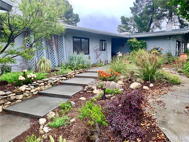 9462 Oak Glen Road, Cherry Valley, CA 92223
