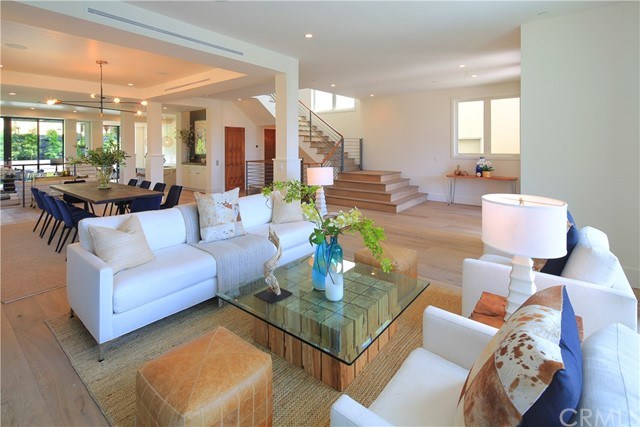 915 Duncan Avenue, Manhattan Beach, California 90266, 5 Bedrooms Bedrooms, ,5 BathroomsBathrooms,For Sale,Duncan,SB18080058