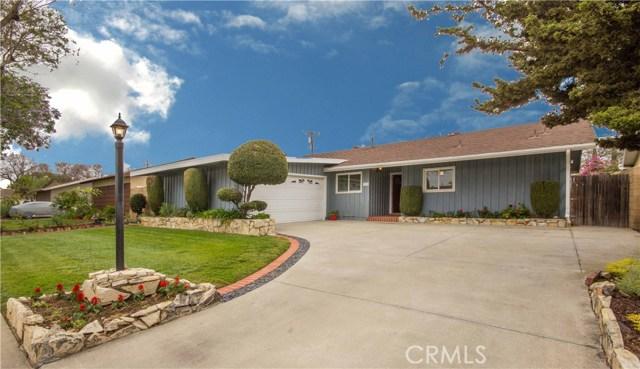 1121 N Linwood Avenue, Santa Ana, CA 92701
