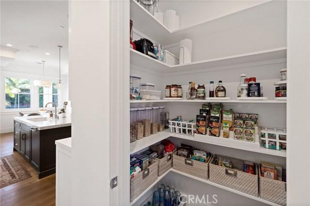 1120 6th Street, Manhattan Beach, California 90266, 5 Bedrooms Bedrooms, ,4 BathroomsBathrooms,For Sale,6th,SB20197447