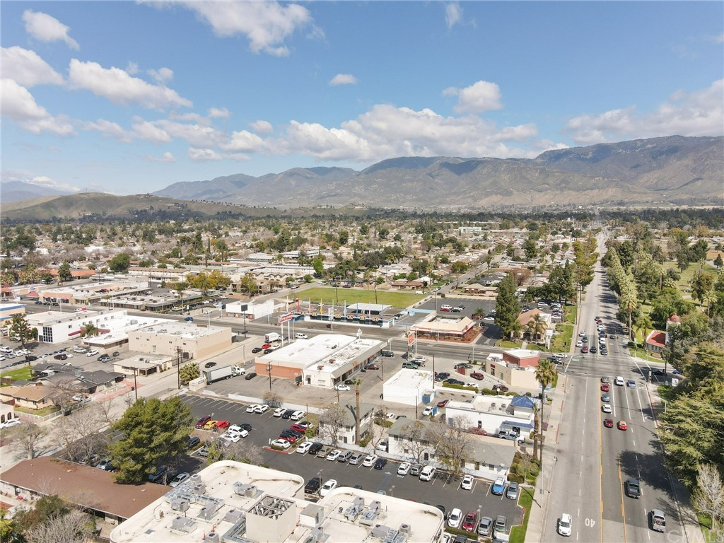 Photo of 276 E Highland Avenue, San Bernardino, CA 92404