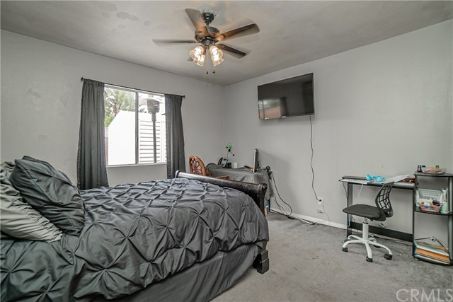 24. 6920 E Bacarro Street Long Beach, CA 90815