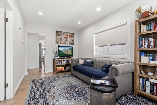 Image 5 For 527 Culver Avenue