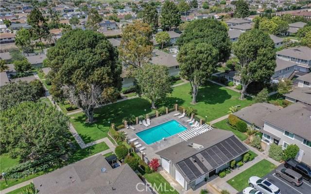 Huntington Harbor Homes for Sale -  Pool,  4668  Vista Bahia Drive
