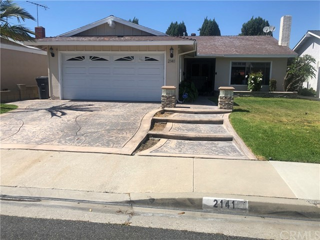 2141 Denmead Street, Lakewood, CA 90712