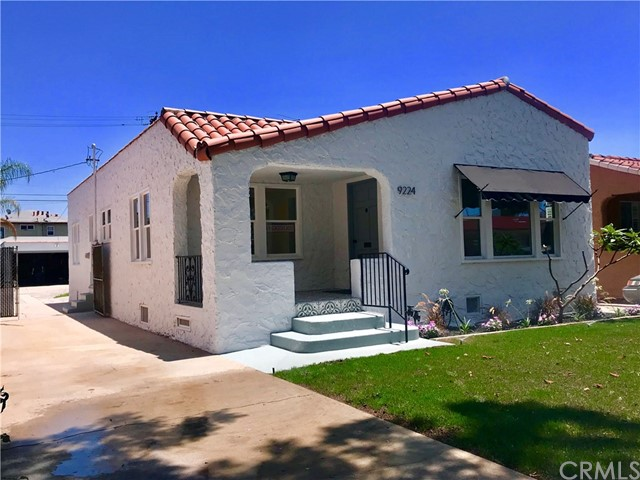 9224 Madison Avenue, South Gate, CA 90280