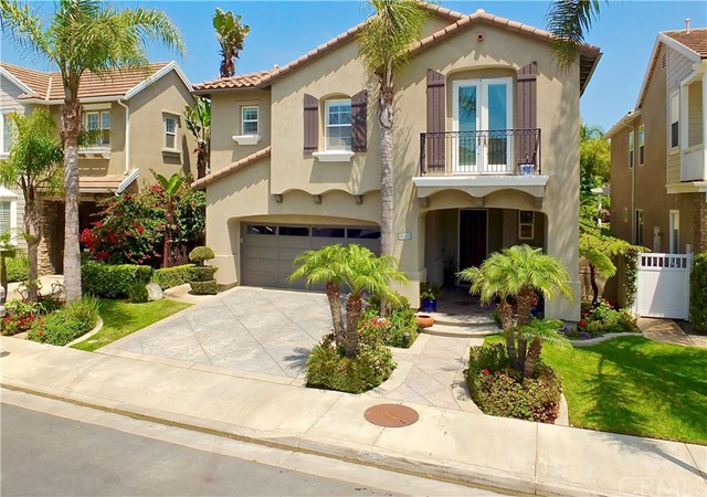 6651  Beachview Drive, Huntington Beach, California