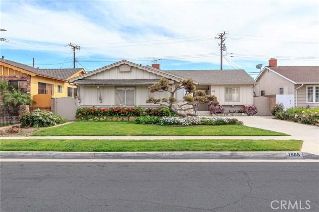 1908 233rd Street, Torrance, California 90501, 3 Bedrooms Bedrooms, ,2 BathroomsBathrooms,Single family residence,For Sale,233rd,SB19065163