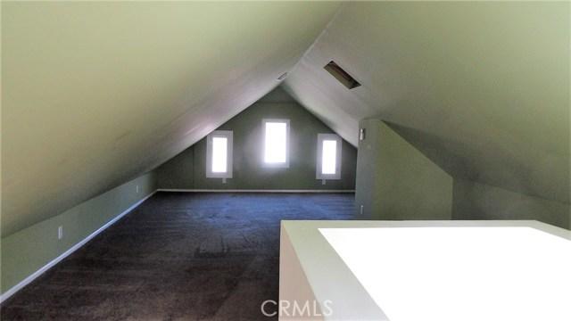 1692 N Marengo Av, Pasadena, CA 91103 Photo 10