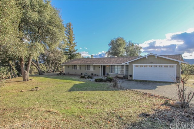 42548 Windy Gap Drive, Ahwahnee, CA 93601