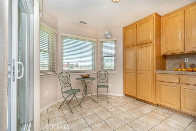 10788 Columbine Rd, Oak Hills, CA 92344 Photo 12