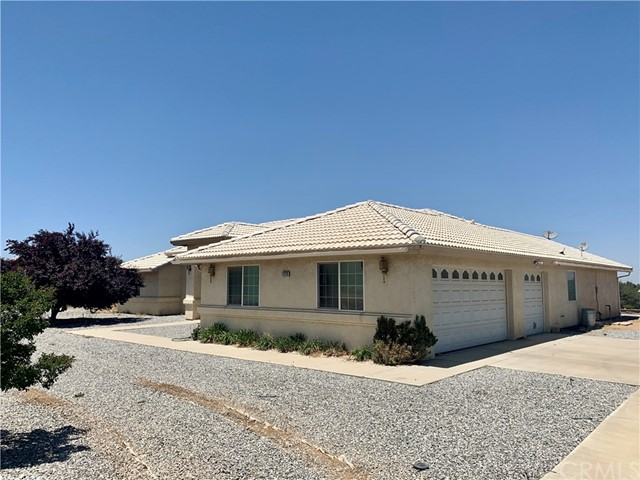 11128 Densmar Rd, Oak Hills, CA 92344 Photo 1